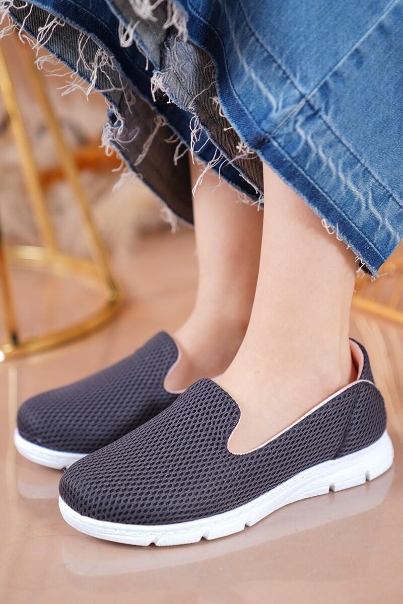 Bayan Fileli Füme Spor Ayakkabı