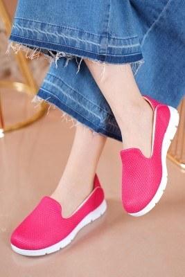 Bayan Fileli Fuşya Spor Ayakkabı - Thumbnail