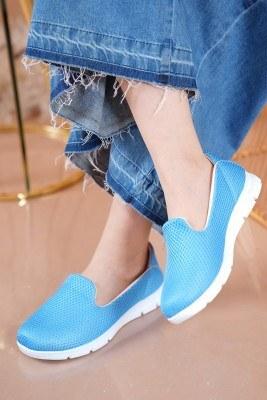 Bayan Fileli Mavi Spor Ayakkabı - Thumbnail