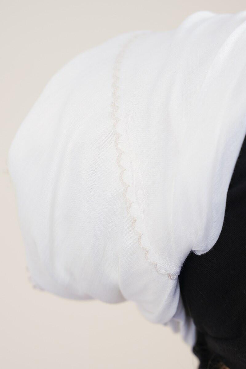 Beyaz İç Başörtüsü