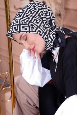 Black White Serisi Labirent Desen Siyah Eşarp - Thumbnail