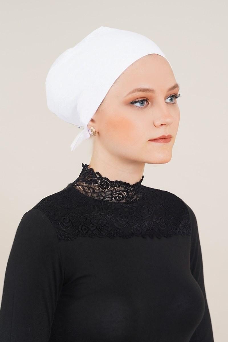 Dikişsiz Model Beyaz Bone