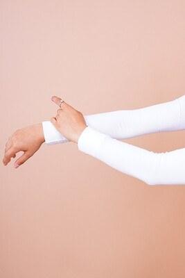 Düz Model Beyaz Tesettür Kolluk - Thumbnail