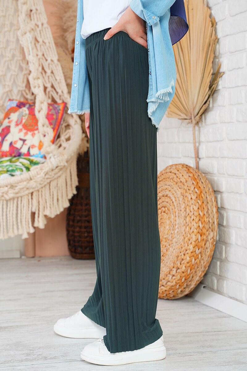 Piliseli Lazer Kesim Füme Pantolon